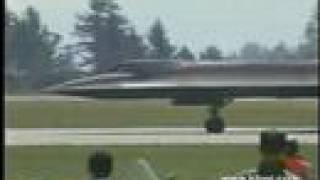 """SR-71 """"Blackbird"""" Airshow"""