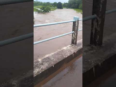 Enchente no rio Montalvão