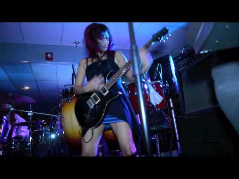 Go-Go's Rock Star, Be'la Dona- Genny Jam JAMS!