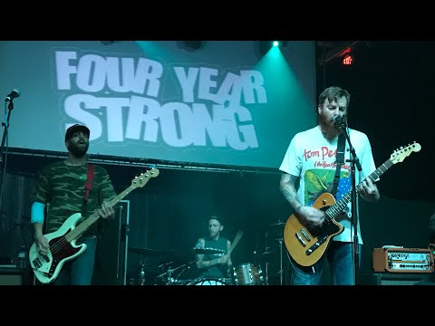 FOUR YEAR STRONG - It Must Really Suck To Be FYS Right Now