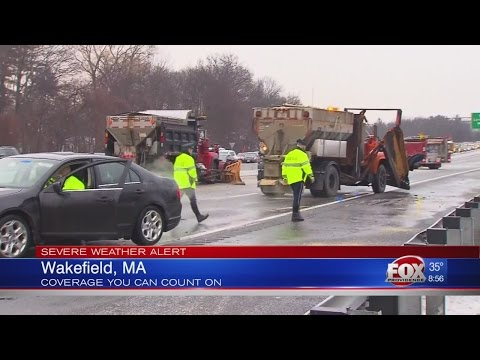 55 car pile up in Wakefield, MA