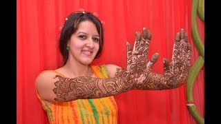 Beautiful Mehndi Ceremony - Silky Sakun