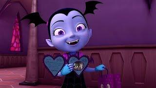 Vampirina en Español 💜 V de San Valentin  ! | Disney Junior Dibujos animados Vampirina
