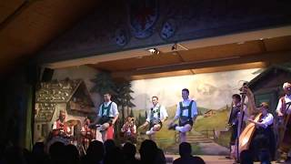 Autriche Vidéo du Tyrol découverte du folklore Tyrolien a Innsbruck
