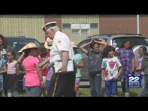 Local veterans visited the Stefanik School