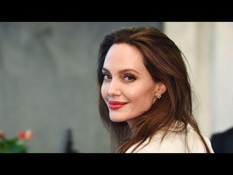 Was für ein Triumph für Angelina Jolie (46)! Die Schauspielerin und ihr Ex Brad Pitt (57) liefern si
