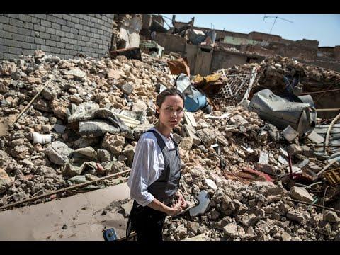 مبعوثة مفوضية اللاجئين إطلعت على دمار الموصل القديمة  - 21:22-2018 / 6 / 16