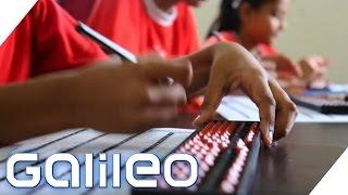 So werden indische Schüler zu Kopfrechenkünstlern | Galileo | ProSieben