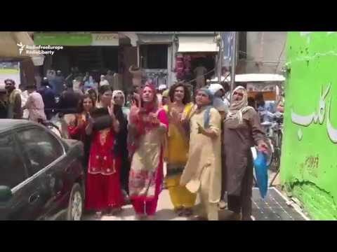 Transgender Activists Protest Against Local Crackdown in Pakistan's Bannu
