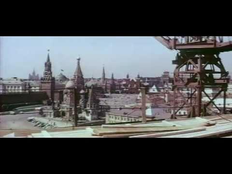 фрагмент фильма Девочка на шаре