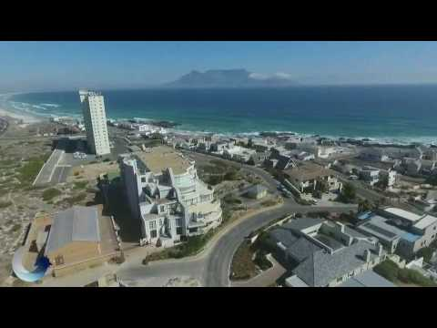 Spectacular 3 Bedroom Penthouse apartment For Sale in Bloubergstrand