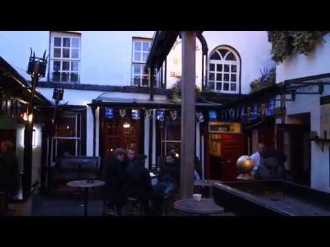 The Bull & Castle Pub and Brazen Head - Dublin, Ireland - The One Where I Break a Glass :(
