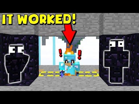 GREATEST MINECRAFT CAMO TRAP! (Minecraft Trolling)