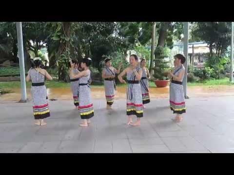 Múa HOA ĐẸP CHAM PA - Biên đạo múa Ngọc Dung - MVI 0422