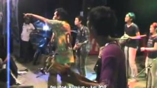 STKIP BUMIAYU,Gebyar Bumiayu Fair 2012,Wo yo Uye perform Trak 2 Kamera 1
