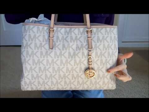 A closer look at Michael Kors tote bag