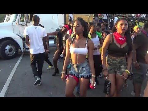 SEAN PAUL SINGS AT WEST INDIAN PARADE CARNIVAL 2017 BROOKLYN NEW YORK AT JAMAICAN SOUNDSYSTEM TRUCK