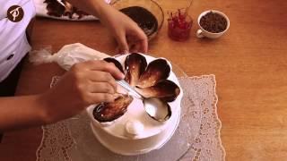 Bolos decorados em 1 minuto – Ganache de chocolate, chantilly e colher