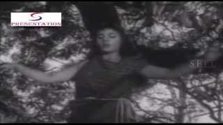 Ab Der Ho Gayi Vallah - Asha Bhosle - RUSTOM SOHRAB - Prithviraj Kapoor, Suraiya