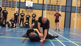 Knife Attack from mount with Amnon Darsa at Institute Krav Maga Netherlands