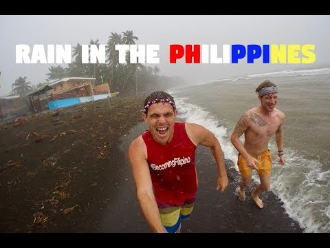 RAINY DAYS IN THE PHILIPPINES WITH FINN SNOW (Filipino Fun and Games)
