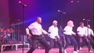 Entrée des danseurs - Bercy 2000 - Wenge musica maison mere - Werrason - Congo - Dombolo