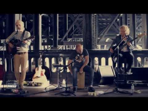 Biffy Clyro - Acoustic in Paris 2010 [HD]