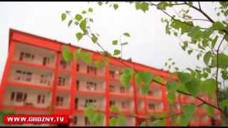 Рамзан Кадыров открыл восстановленный в рекордные сроки поселок Долинский