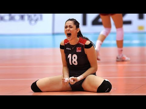 Zehra Gunes | Beautiful and Talented Volleyball Player (HD)