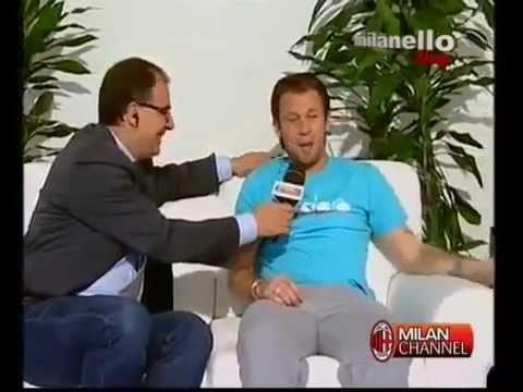 Cassano insulta Pato in barese in diretta