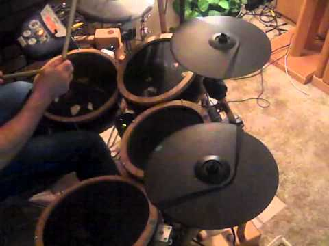 Diy e drums build electronic drum kit with buckets youtube diy e drums build electronic drum kit with buckets solutioingenieria Images