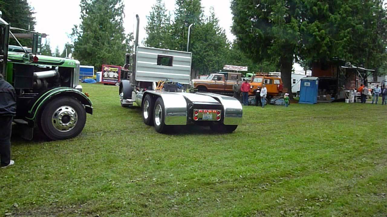Peterbilt 351 8V71 Detroit Diesel