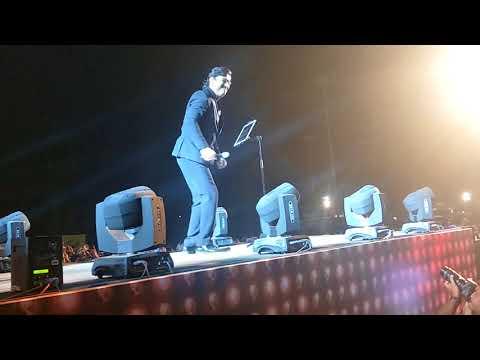 Ajay atul live in concert pune 2017....Jiv zala yeda pica