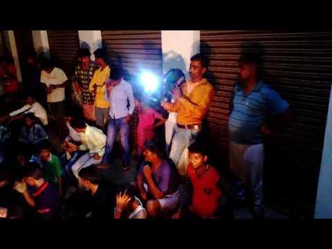 Aaj Sajke Nikli Hai (HD) — Papi Gudia Song — Avinash Wadhavan — Karisma Kapoor