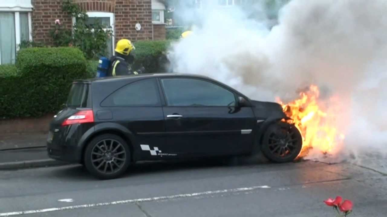 Renault Megane Catches Fire