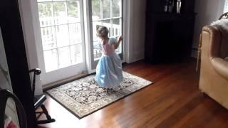 Dancing twincesses 2