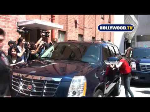 Michael Jackson Loves The Paparazzi- Hollywood.TV