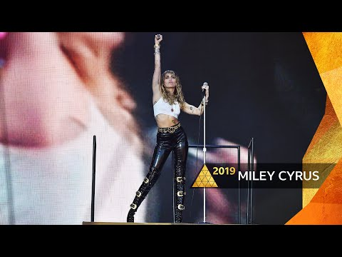 Miley Cyrus - Wrecking Ball (Glastonbury 2019)