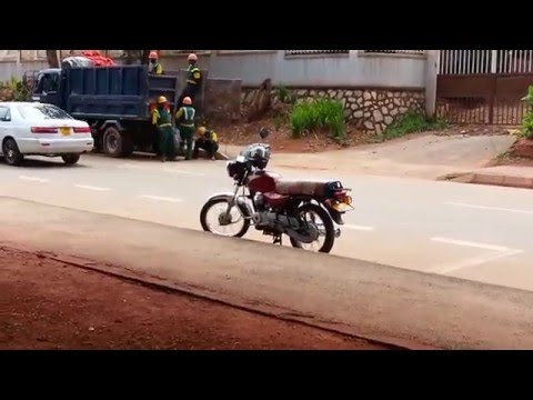 Des Moines Vs Kampala, a developed country VS a developing country, by James Kizito