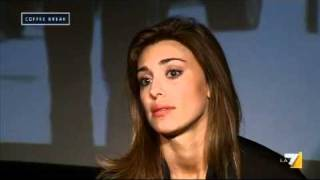 COFFEE BREAK 18/04/2011 - Intervista a Belen Rodriguez