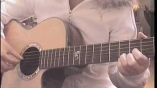 Nausicaa(南澤大介さん:ソロギターのしらべスタジオジブリ作品集より) 悲しげなメロディーの中に力強さと迫力を感じで すごく綺麗で壮大な...