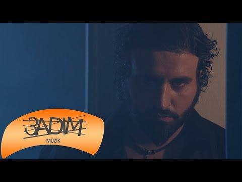 Uğur Eken - Seni Affedemem ( Official Video )