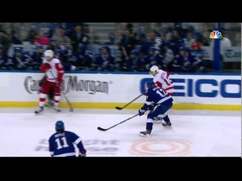 Scrum in 1st. Stamkos, Quincey, Boyle Detroit Red Wings vs TB Lightning April 18 2015 NHL