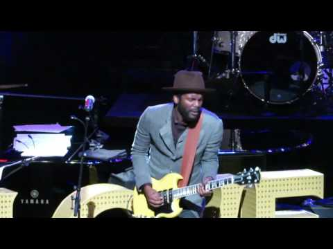 Love Rocks NYC! - Gary Clark Jr. and William Bell -