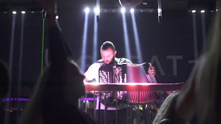 Смотреть клип Aleksandar Vidakovic - Club Great Live Accordion