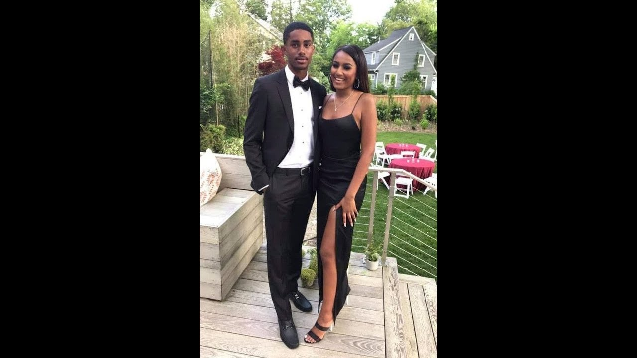 Sasha Obama Looks All Grown Up in Her Prom Photos