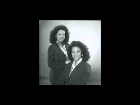 UFO Twins Interview with Elizabeth - Diamonds Are Forever Call, October 2013