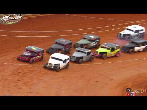 Classic Feature @ Volunteer Speedway (2-24-18)