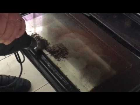 How to clean an oven glass door the easy way