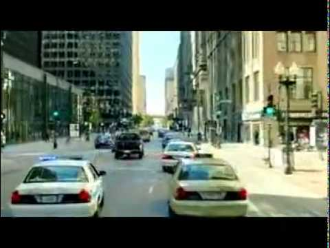 Dhoom 3 Bank Robbery and Motorcycle Chase...